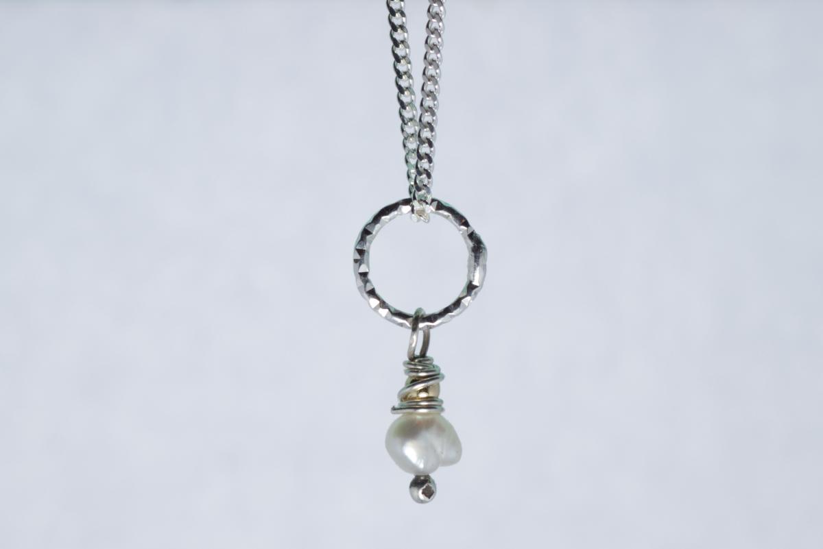 Orenda's bespoke jewellery - Cultured pearl