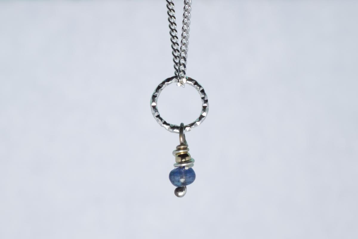 Orenda's bespoke jewellery - Sapphire